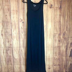 APT. 9 | Navy Basic Maxi Dress Size Large